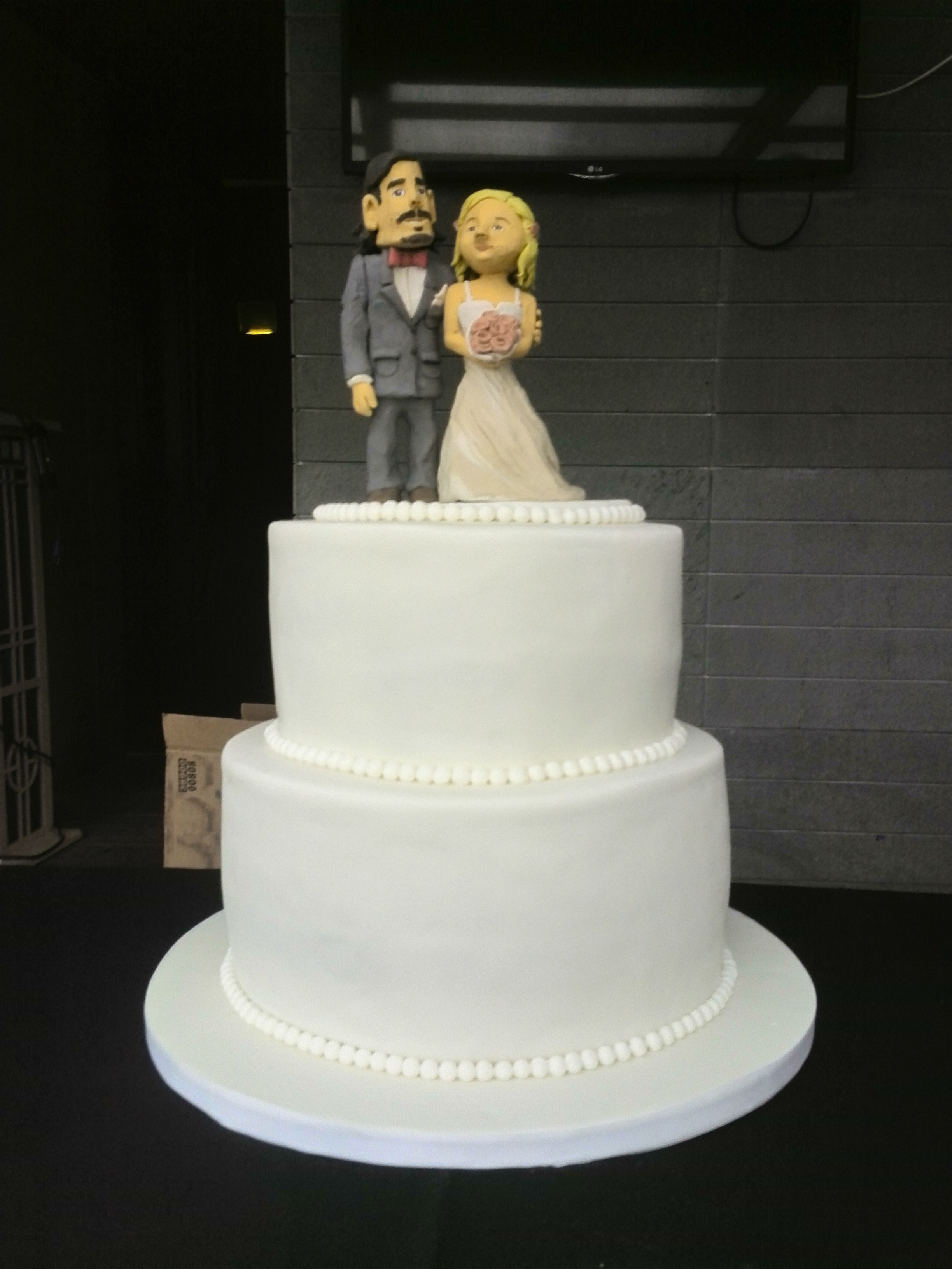 two tier wedding cake 2014 08 15 17 03 41 jpg 8142
